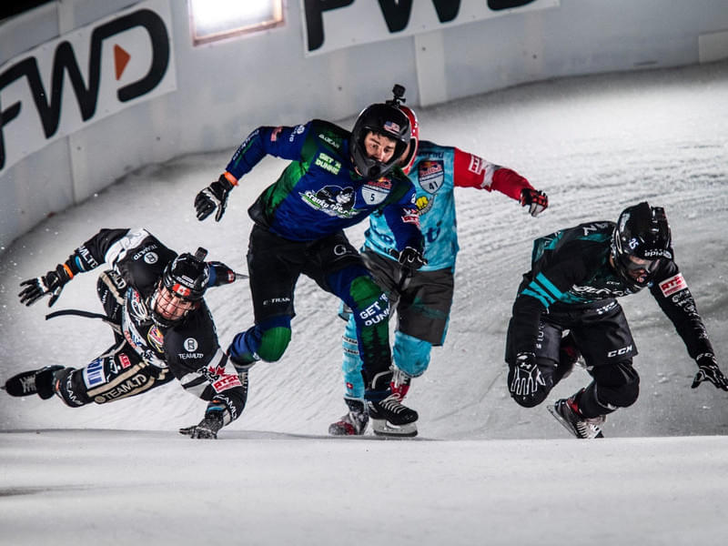 Red Bull Crashed Ice Yokohama in pictures Bild 1